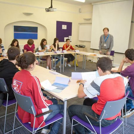 STUDIO CAMBRIDGE — изучение английского языка для школьников от 9 до 19 лет.
